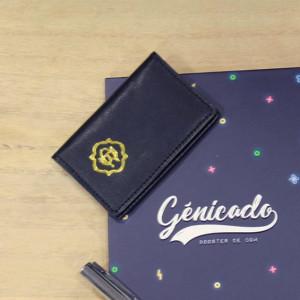 Porte carte en cuir personnalisable