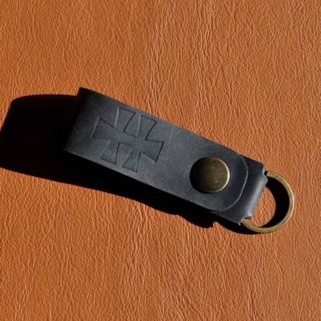 Porte clé en cuir hellfest personnalisé avec logo embossage