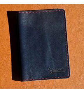 porte passeport en cuir personnalisé avec logo embossage